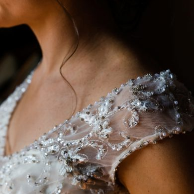 TOP TIPS FOR A GORGEOUS BRIDE CHOOSING A DRESS