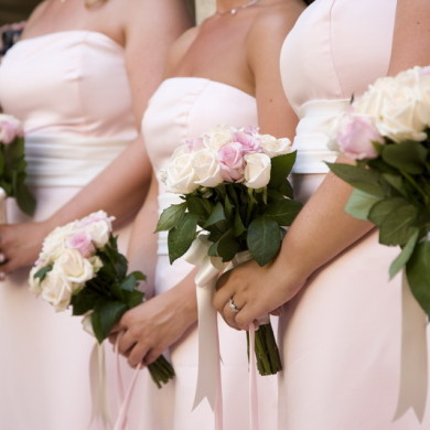 TOP TIPS FOR CHOOSING YOUR BRIDESMAID