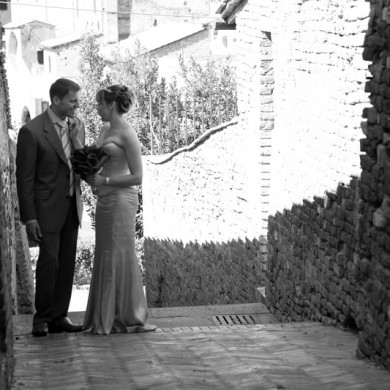 Stress free and stunning – The perfect Tuscan Wedding for less than the price of a designer wedding dress!
